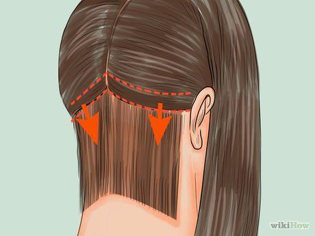 Cut the Back of a Bob Haircut Step 6.jpg
