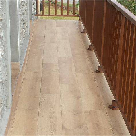 Reforma De Terraza O Balcón Exterior Con Baldosas De