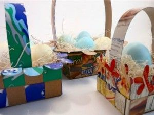 Weave an Easter-Basket-from-Recycled-Boxes-by-CraftStylish