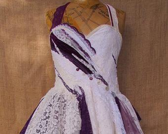 Made To Order Dainty Kleid In 2020 Kleid Altrosa Kleider Und Mieder