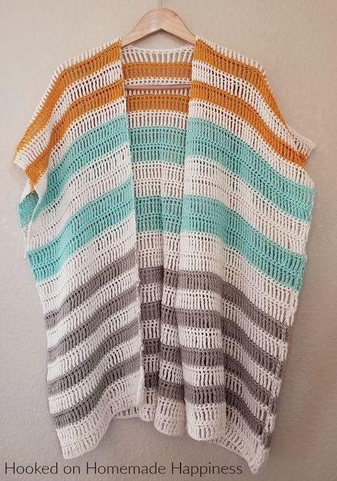 Bahama Mama Ruana Crochet Pattern - The Bahama Mama Ruana Crochet Pattern is a stylish, oversized, and flowy cardigan. I love how it looks layered with jeans and boots! #freecrochetpattern #crochetpattern #crochet