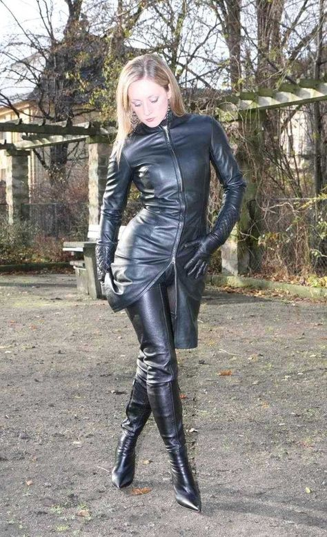 Comtesse Leather Boots Comtesse MoniqueArollo MoniqueArollo 2 lcKT1JF3