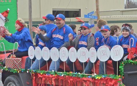 Baseball Parade Float Parade Float Ideas Baseball Softball
