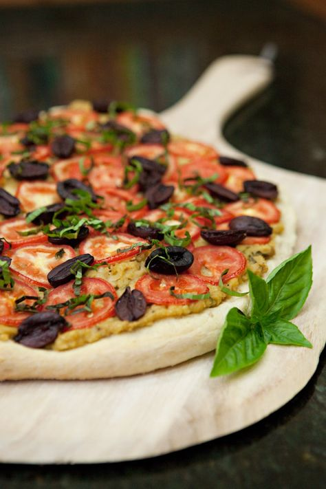 Tuscan White Bean Pizza Recipe from Vegan on the Cheap