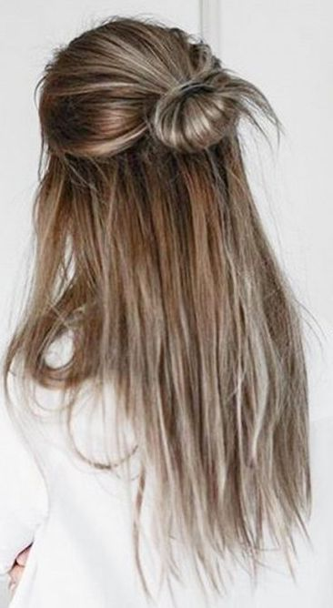 Adorable Hairstyle On Blonde Hair That S Easy To Do Lazy Day Hairstyles Hair Styles Easy Hairstyles For Long Hair