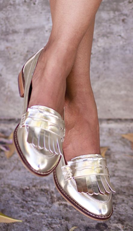 43bccb70b48 25 Ways to Wear Metallic Flats - gold metallic loafers with fringe