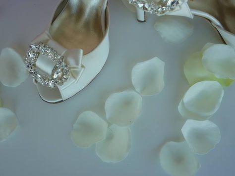 Scarpe Da Sposa Bianco Seta.Scarpe Sposa Bianco Seta Con Fiocco Staccabile E Swarovski