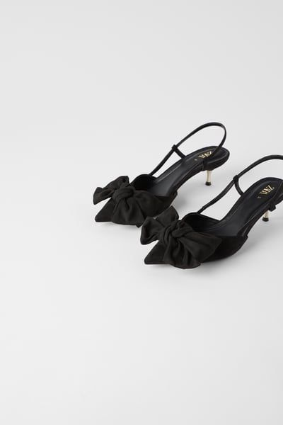 Kitten Heel Shoes With Bow In 2020 Kitten Heel Shoes Kitten Heels Kitten Heels Outfit