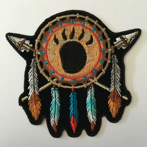 Embroidered-Native-Indian-Feathers-Spears-Iron-on-Sew-on-Biker-Patch-Badge