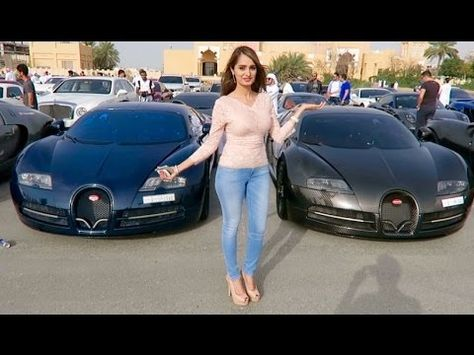 The Young And Wealthy Show Off Their Luxurious Cars In The Most