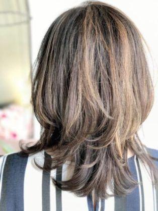 ウルフカット ミディアム 40代 Yahoo 検索 画像 ミディアムロングのヘアスタイル ウルフ カット ミディアム 40代 ヘアスタイル