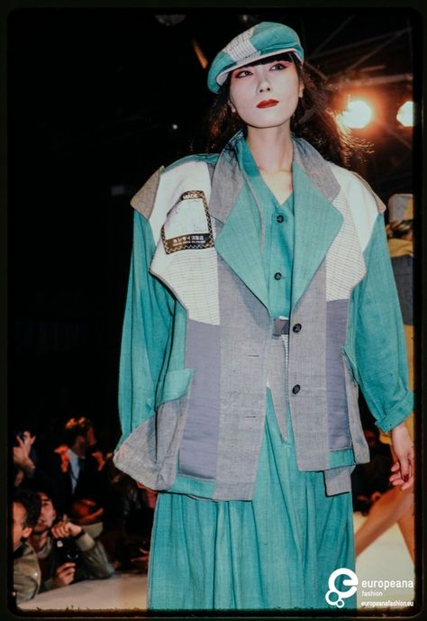 France, Paris, October Fashion show of Kansai Yamamoto spring-summer 1983 women's ready-to-wear collection.
