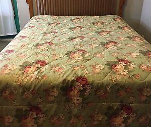 Vintage Waverly Htf Green Norfolk Rose Bouquet Comforter Sage Queen Ebay Luxury Bedding Master Bedroom Waverly Bedding Matching Bedding And Curtains