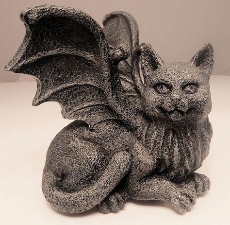 Medieval Cat Gargoyle Statue