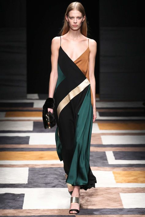 Salvatore Ferragamo Fall 2015 Ready-to-Wear - Collection - Gallery - Style.com