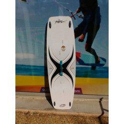 Epingle Par Surfone Leucate Sur Planche De Kite D Occasion Galeries De Photos Wakeboard Skateboard