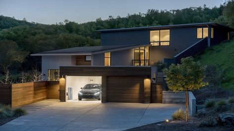 Dieselengineandpvsystem Pvsystem Solarsystem According To The Forecast Data Of The China Photovoltaic Industry Association In 2020 Solar House Vivint Solar Vivint