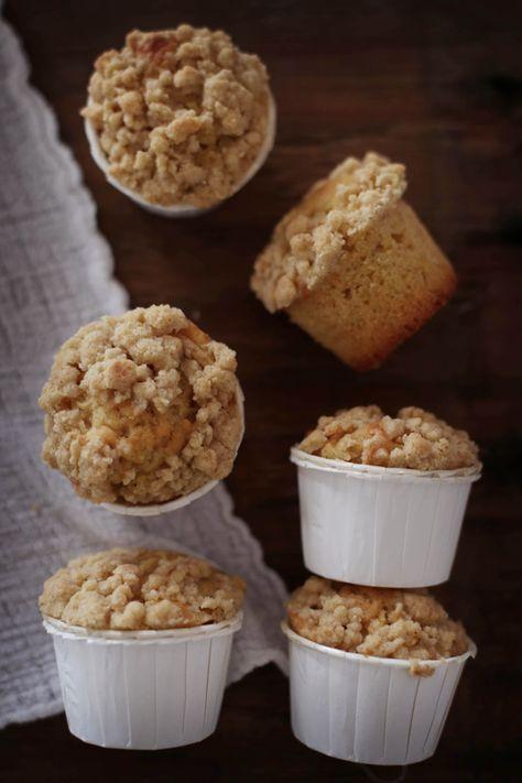 Fräulein Klein : Apfel-Vanille Muffins mit Zimt/Kardamom Streusel und Herbstplätzchen