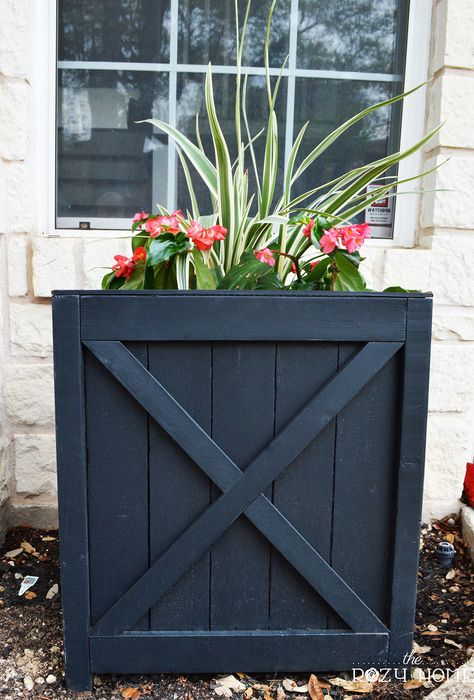 25 diy versailles planter container gardening diy flowers gardening how to Diy Planter Stand, Cedar Planter Box, Planter Boxes, Versailles, Garden Frogs, Modern Plant Stand, Up House, Flower Boxes, Diy Flowers