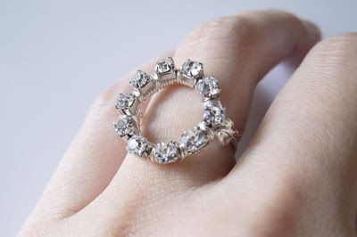Circle Ring Via Craft Gawker Jewelry Pinterest Crafts - Cute diy wire rings for middle phalanges