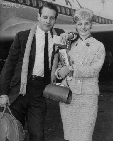 Paul Newman and Joanne Woodward - Idlewild Airport 1961