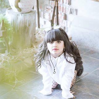 إن لم تتقن فن التجاهل ستخسر الكثير وأولهم عافيتك Moment Age Cute Baby Quotes Cute Babies Stylish Girl