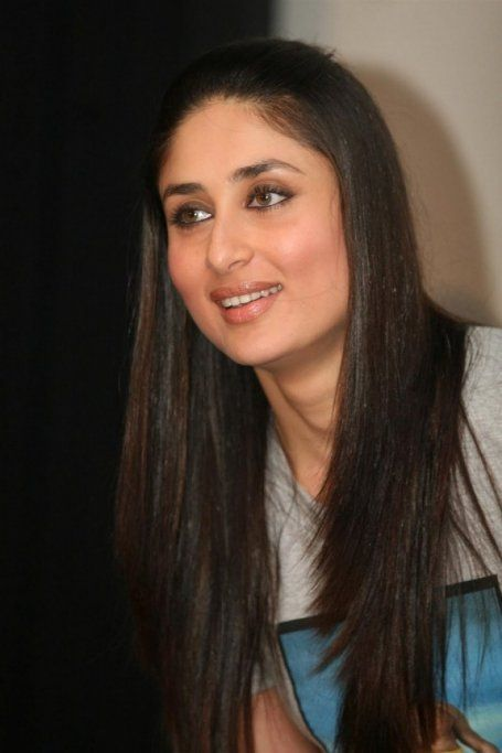 27 Most Stylish Hairstyles Kareena Kapoor Has Ever Flaunted Kareena Kapoor Hairstyles Hair Styles Cool Hairstyles