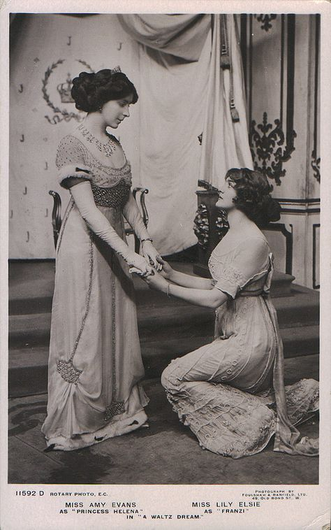 "miss amy evans as ""princess helena"", miss lily elsie as ""franzi"" in ""a waltz dream"" Vintage Lesbian, Vintage Couples, Lesbian Love, Vintage Love, Lesbian Pride, Vintage Ladies, Lily Elsie, Vintage Pictures, Old Pictures"