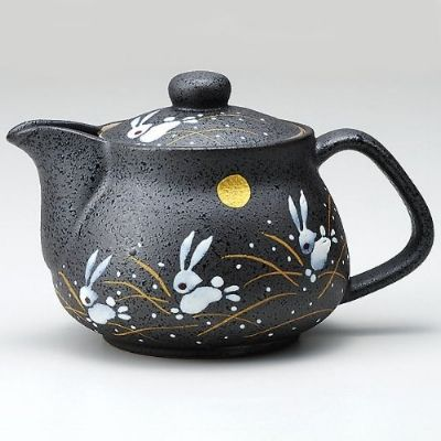 10 Best Japanese Teapots Our Favorites In The World Anime Impulse Tea Pots Pottery Teapots Tea