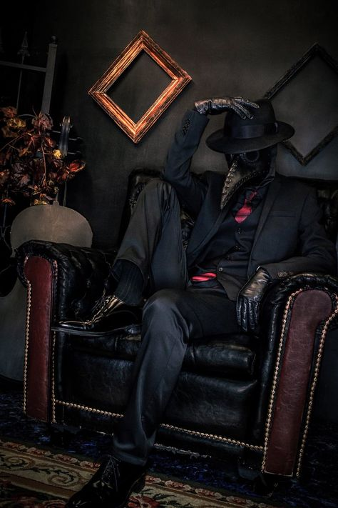 Plague Doctor by nitsuke 22 Dec 2018 Fantasy Character Design, Character Design Inspiration, Character Art, Dark Fantasy Art, Dark Art, Plauge Doctor, Scp 049, Doctor Costume, Daddy Aesthetic