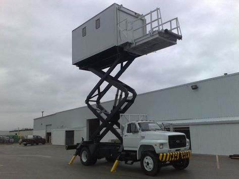 Airport hoist truck PengPengu0027s Favorite Pinterest Vehicle - lsg sky chef sample resume