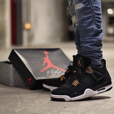 Sepatu Basket Nike Air Jordan Retro 4 Royalti Premium Quality Made In Vietnam Mds20 Harga Air Jordans Sneakers Nike Sneakers