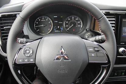 2020 Mitsubishi Suv In 2020 Mitsubishi Outlander Mitsubishi Suv Mitsubishi Outlander Gt