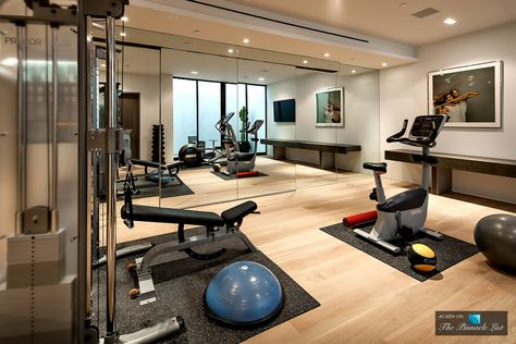 Sunset Strip Luxury Residence 9133 Oriole Way Los Angeles Ca Luxury Homegyms Home Gym Decor Home Gym Design Gym Room At Home