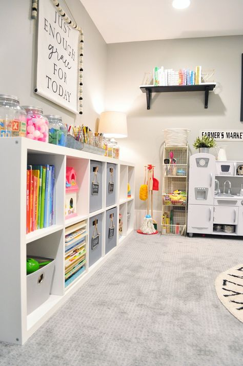 Astonishing Kids Playroom Design Ideas For Your Kids 43 Small Playroom, Toddler Playroom, Playroom Design, Playroom Decor, Playroom Ideas, Small Kids Playrooms, Bonus Room Playroom, Playroom Layout, Colorful Playroom
