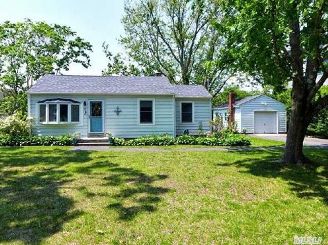 38 Roosevelt Blvd E Patchogue Ny 11772 Mls Home Real Estate Outdoor Structures