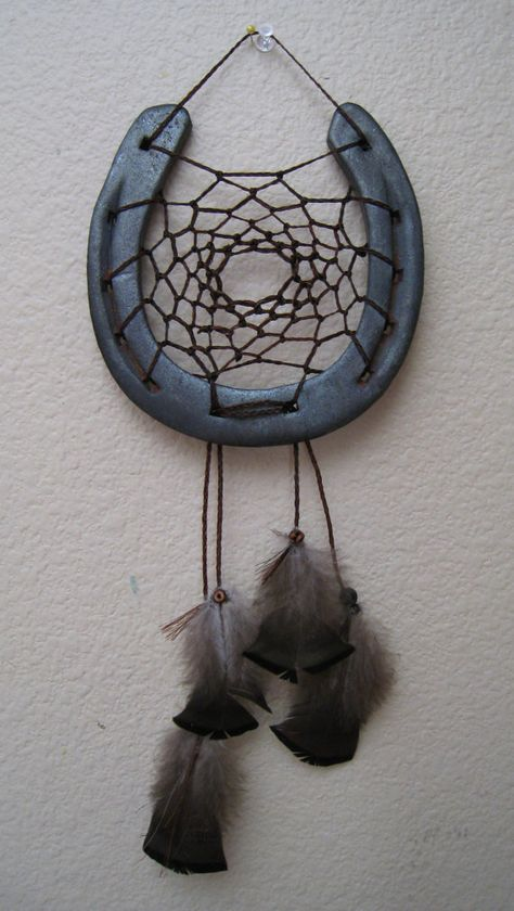 Horse shoe dream catcher for sale! I think this would be fairly easy to DIY. I know how to make dreamcatchers and it doesn't look too much harder than regular dreamcatchers. It would look great in the barn!