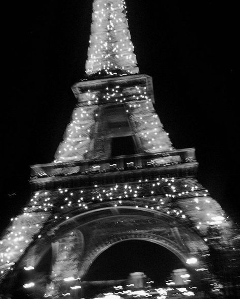 paris, eiffel tower, and black and white image Boujee Aesthetic, Aesthetic Collage, Aesthetic Vintage, Aesthetic Photo, Aesthetic Pictures, Aesthetic Grunge, Aesthetic Bedroom, Aesthetic Outfit, Aesthetic Fashion
