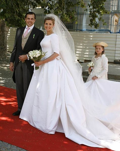 Charles-Philippe, Duke of Anjou, married Diana Alvares Pereira de Melo, Duchess of Cadaval, in 2008.