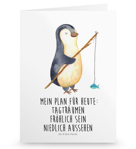 Grußkarte Pinguin Angeler aus Karton 300 Gramm  weiß - Das Original von Mr. & Mrs. Panda.  Die wunderschöne Grußkarte von Mr. & Mrs. Panda im Format Din Hochkant ist auf einem sehr hochwertigem Karton gedruckt. Der leichte Glanz der Klappkarte macht das Produkt sehr edel. Die Innenseite lässt sich mit deiner eigenen Botschaft beschriften.    Über unser Motiv Pinguin Angeler      Verwendete Materialien  Diese wunderschöne Produkt aus edlem und hochwertigem 300 Gramm Papier wurde matt glänzend bed