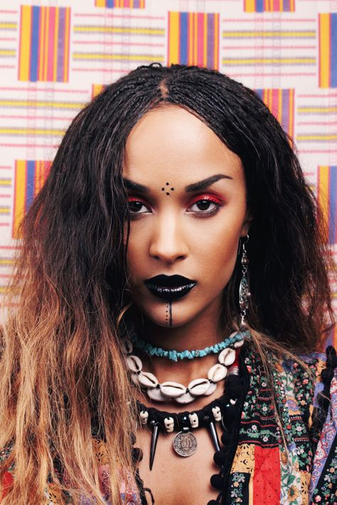 ethnic-voodoo-witch-mufe-red-make-up-maty-nö-maty2