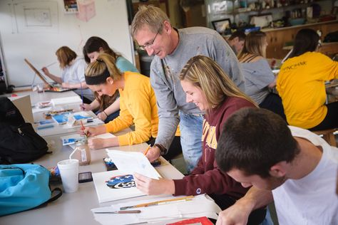 #Alvernia students getting creative in a #painting class. #art #college