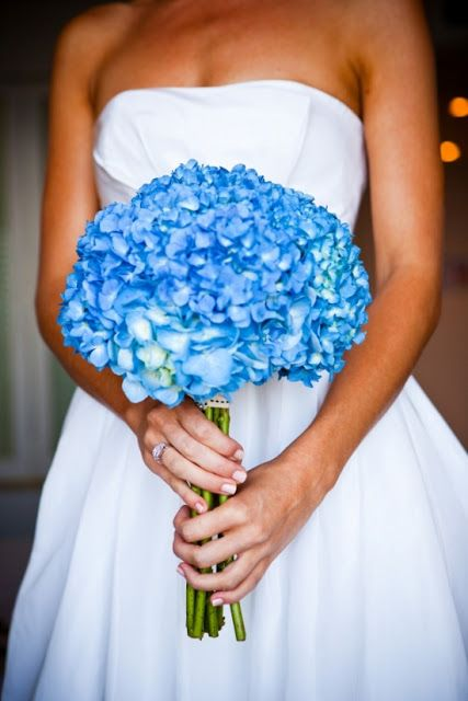I love that shade of blue in the bouquet.