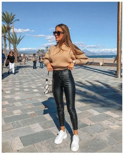 simple winter outfits ideas that always looks fantastic page 18