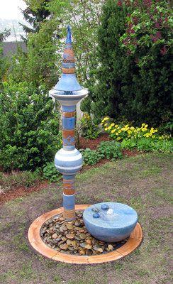Keramik Wassersaulen Fur Den Garten Topferei Bosl Gartenkeramik Keramik Garten