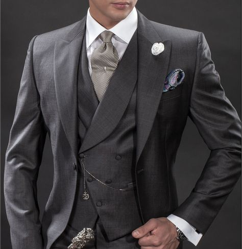 Italian wedding suits, morning suit model: G05-(377)