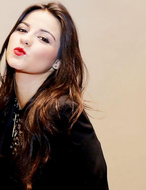 Mandar um beijinho a minha linda Maite Perroni eterna atriz maravilhosa... 👍😘👍😘