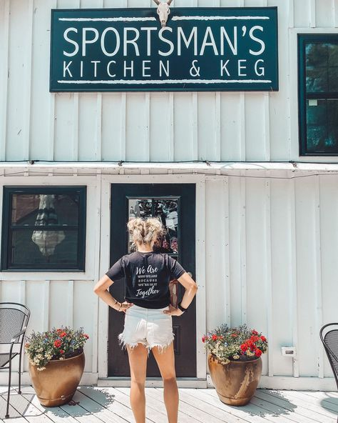 Reppin' the cutest T at my favorite local restaurant @skksebago, @lexisev is working hard to serve up drinks by the lake! . Outside dining is open, and if you're local to me (Maine) you have to check out this cute little spot!