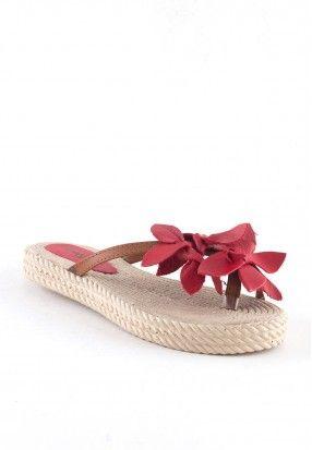 Indirimli Indirimliayakkabi Ayakkabi Terlik Sandalet Moda Trend Kadin Kadin Kadinmoda Yazlik Sandalet Terlik Ayakkabilar