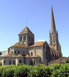 Saint Savin Sur Gartempe Architecture Romaine